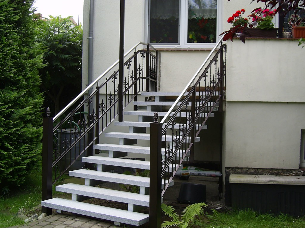 metalltreppen aller art m ller metallbau schwerin z une treppen gel nder balkone. Black Bedroom Furniture Sets. Home Design Ideas